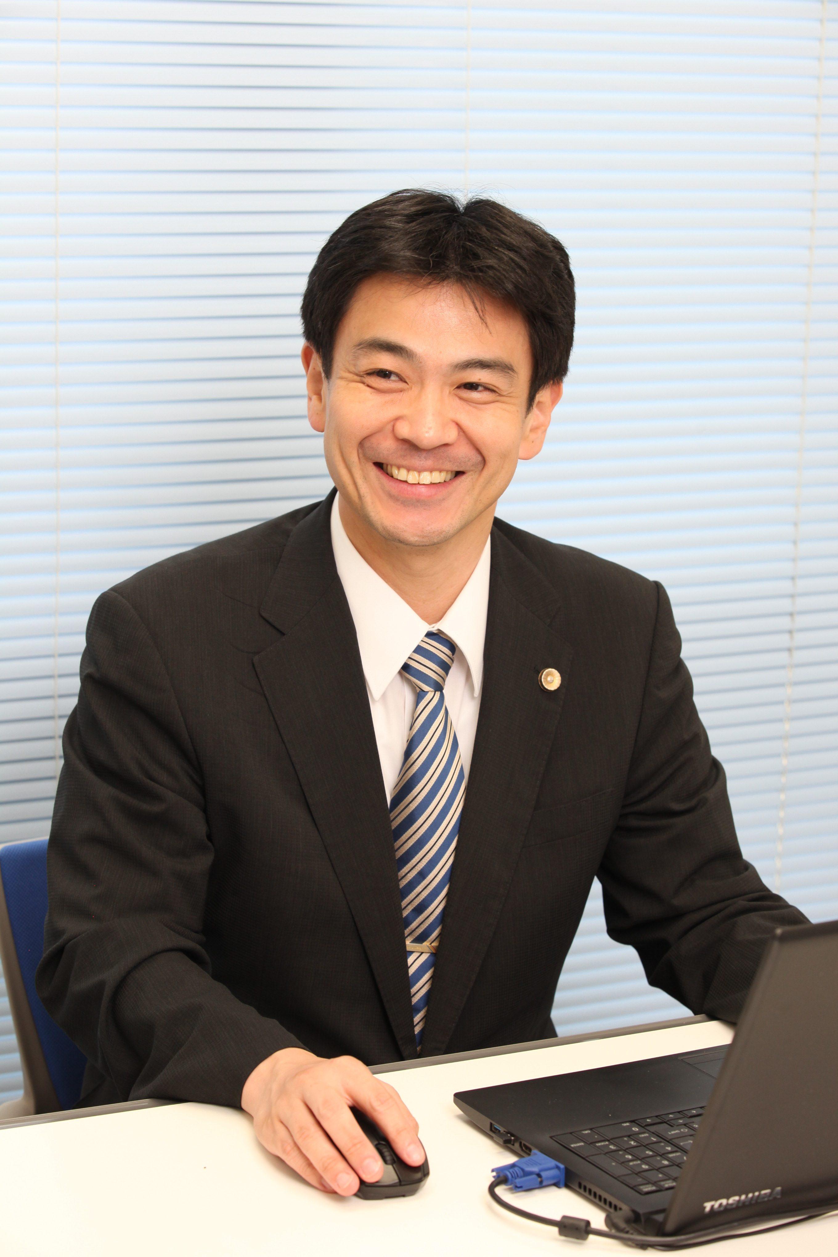 嶋本弁護士の写真です